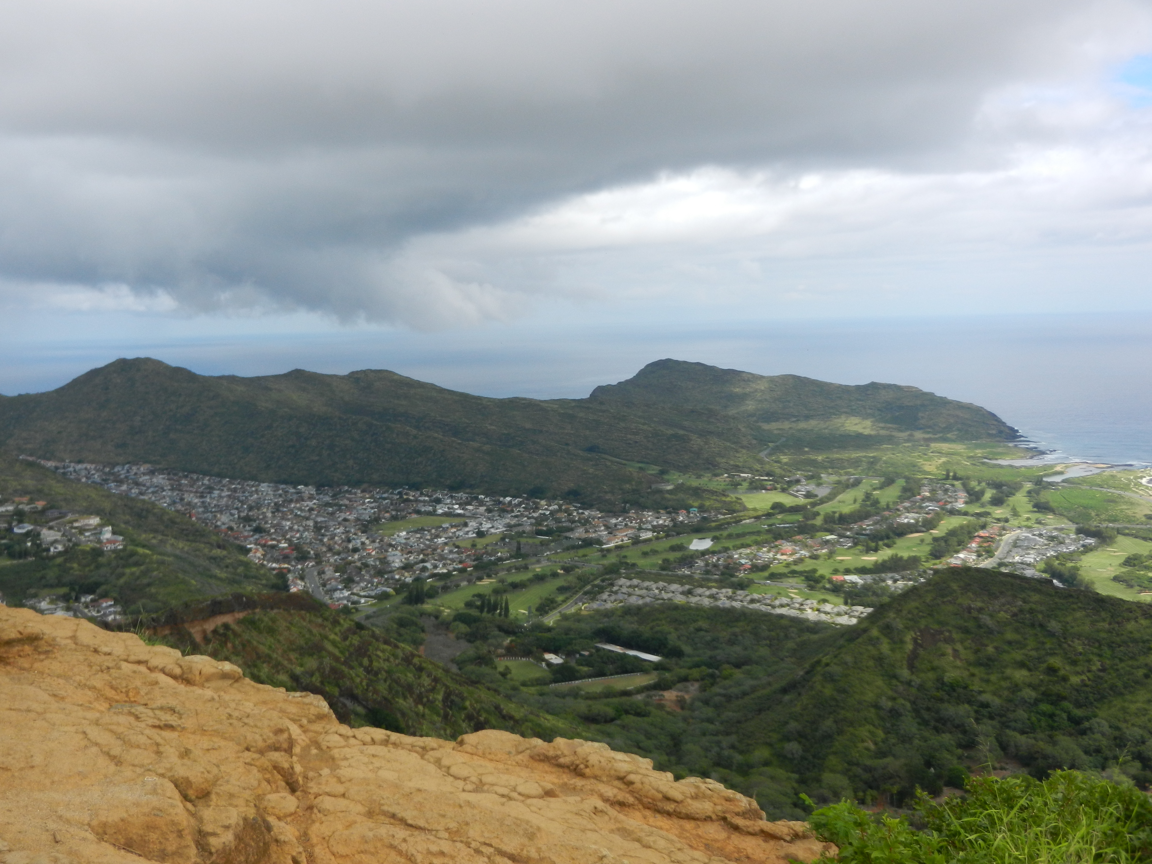 Sprawling view of the island of Oahu from the top of Koko Head.